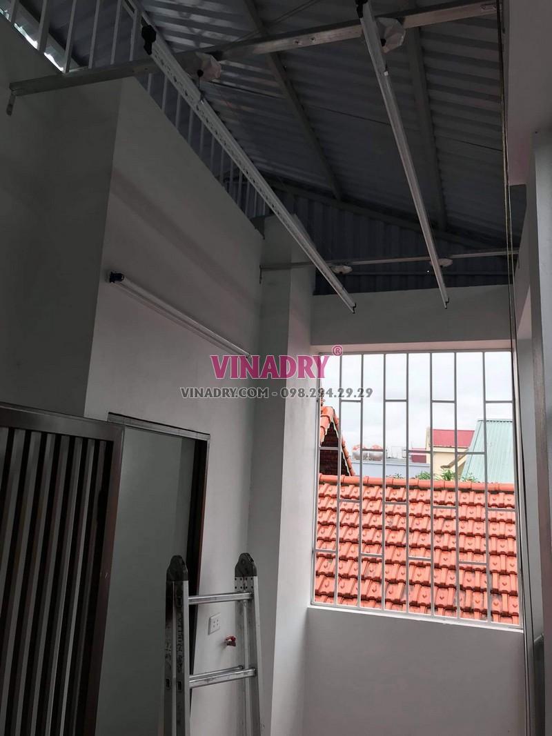 Bộ giàn phơi Hòa Phát KS950 lắp tại Long Biên nhà chị Tiên - 04