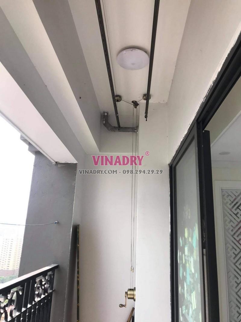 Hình ảnh lắp giàn phơi cho chung cư nhà anh Huy, Hoàng Mai, Hà Nội - 01