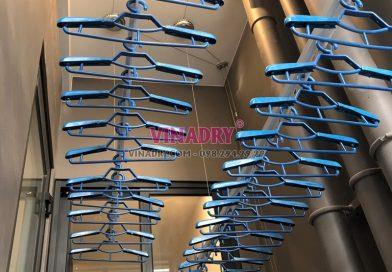 Lắp giàn phơi Vinhomes Smart City và lưới an toàn ban công nhà anh Cảnh, tòa S2.12