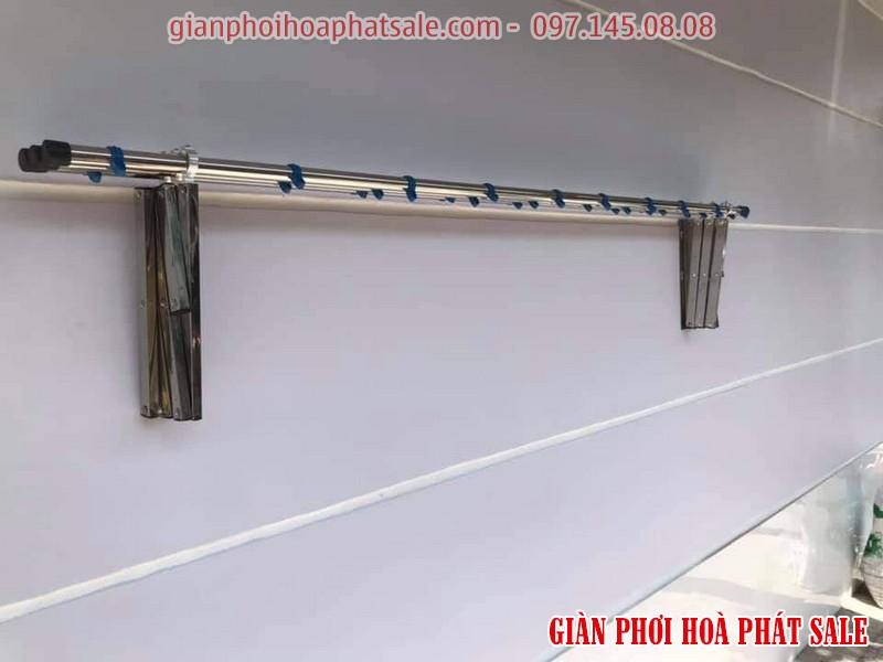 giàn phơi xếp tường inox Hòa Phát loại thông dụng