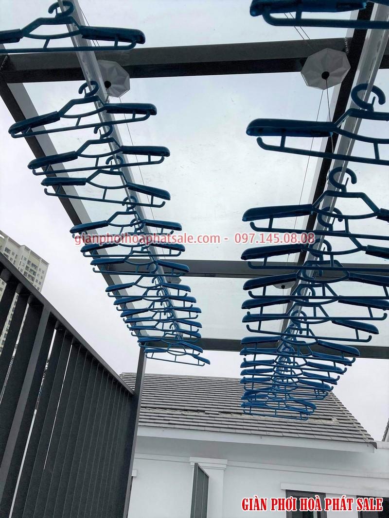 giàn phơi KS990 thiết kế dễ dàng lắp đặt ở nhiều vị trí