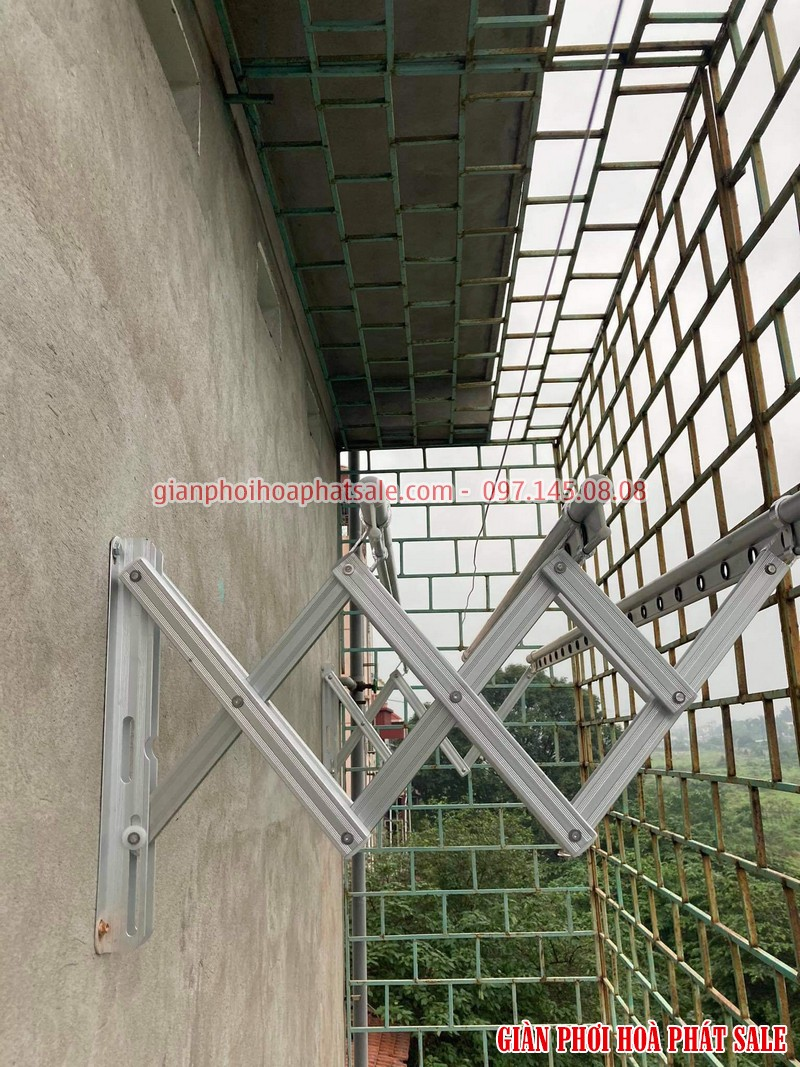 Hình ảnh giàn phơi xếp ngang Hòa Phát 68A lắp tại Gia Lâm nhà chị Liêm - 01