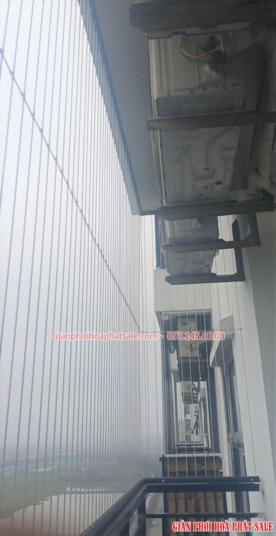 Mẫu rào chắn ban công có kẹp chì (dây ngang)