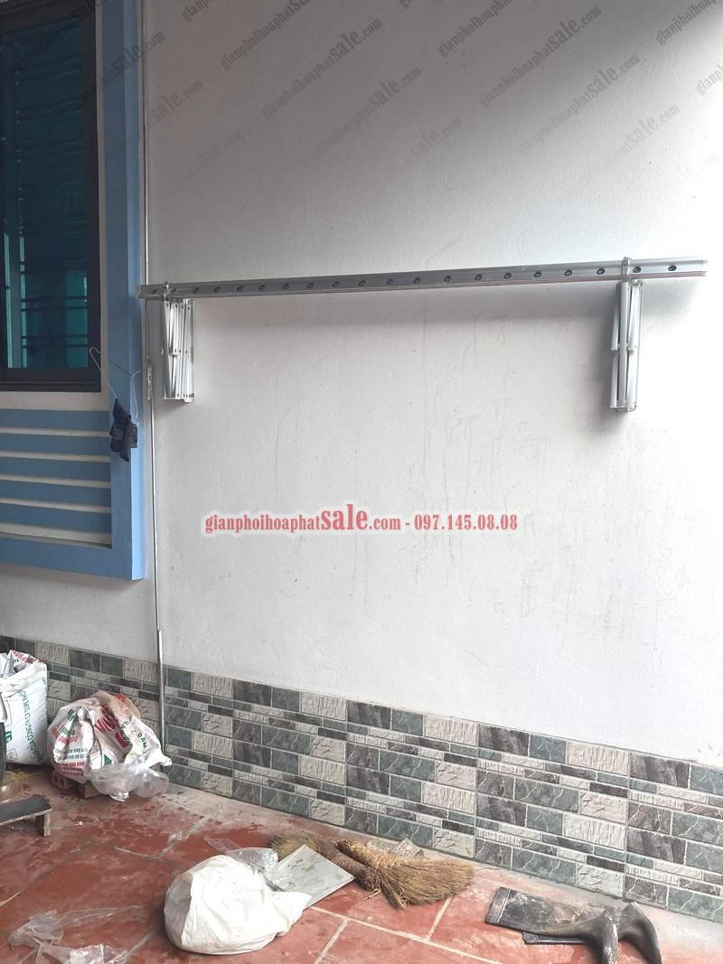 giàn phơi được xếp gọn vào tường khi không sử dụng